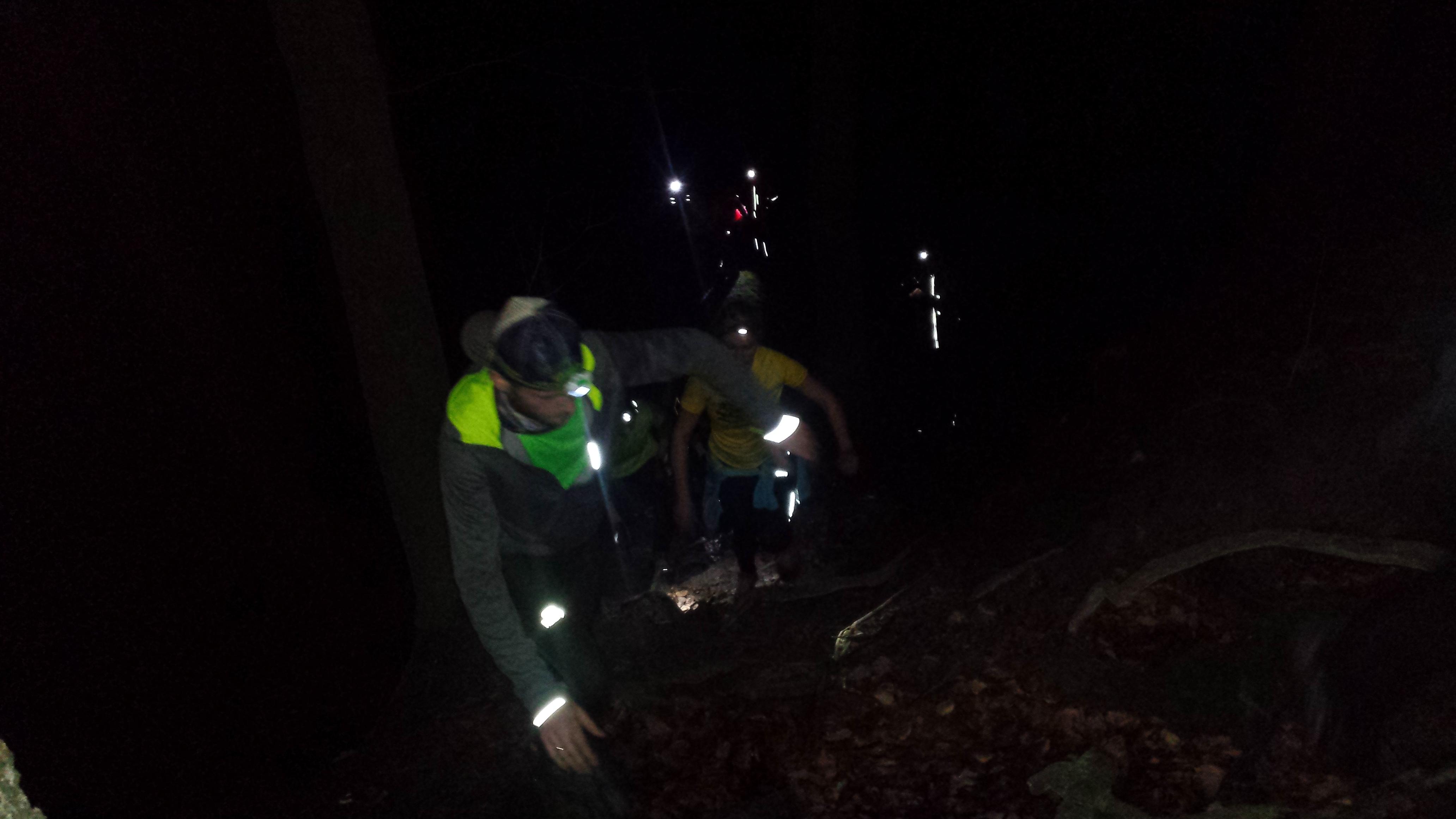night trail, bieganie z czołówką